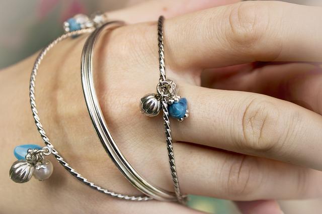 jewelry-427490_640