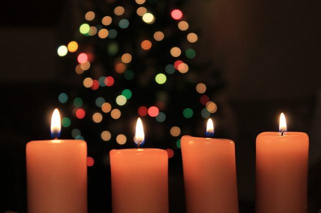 christmas-935450_640