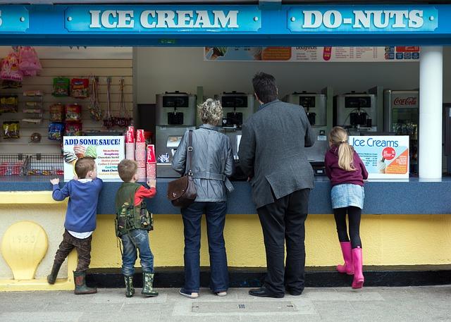 ice-cream-541714_640