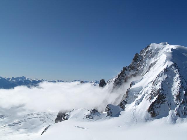 mountain-939521_640