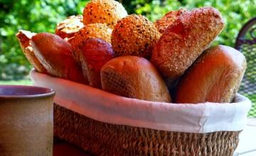 【皆来文書】~COOKPADで作ってみました~ スプーンで混ぜるだけ!炊飯器でパン作り